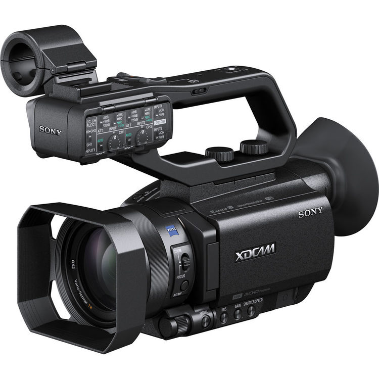 8 Recommended Camcorders and Cameras for Vlogging | B&H Explora