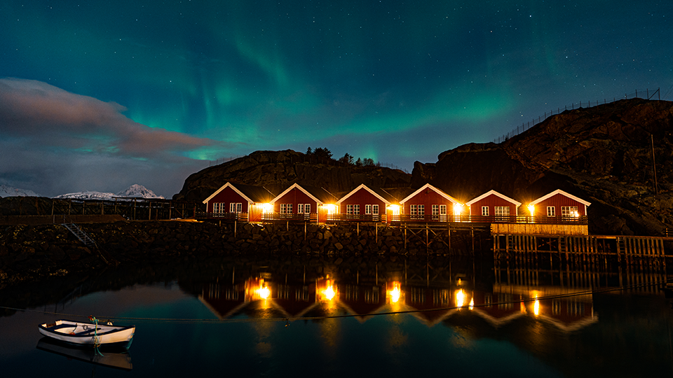 How to Create a Time-Lapse of the Northern Lights