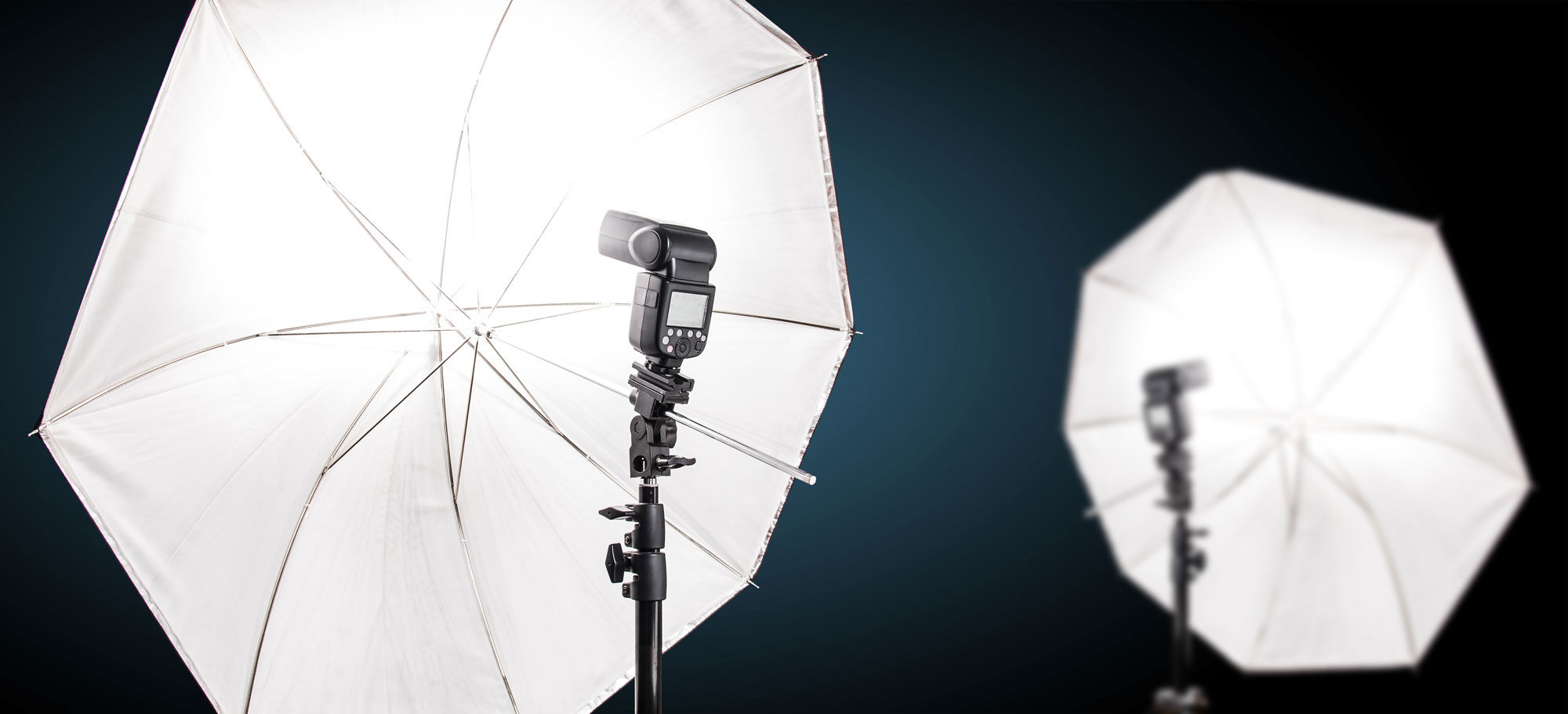 A simple umbrella and flash can work well as a quick setup lighting option for small spaces.