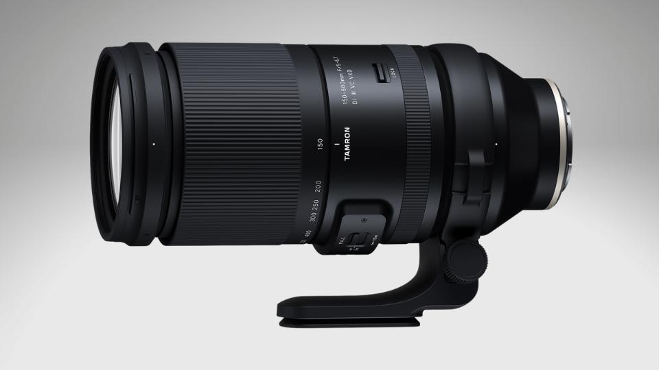 Tamron 150-500mm f/5-6.7 Di III VX VXD super-telephoto zoom