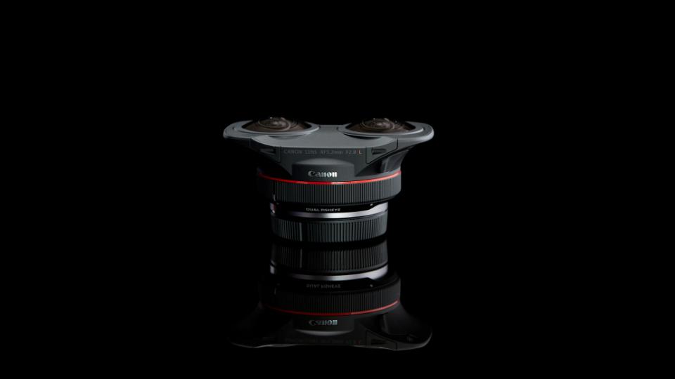 Canon RF 5.2mm f/2.8 L Dual Fisheye Lens