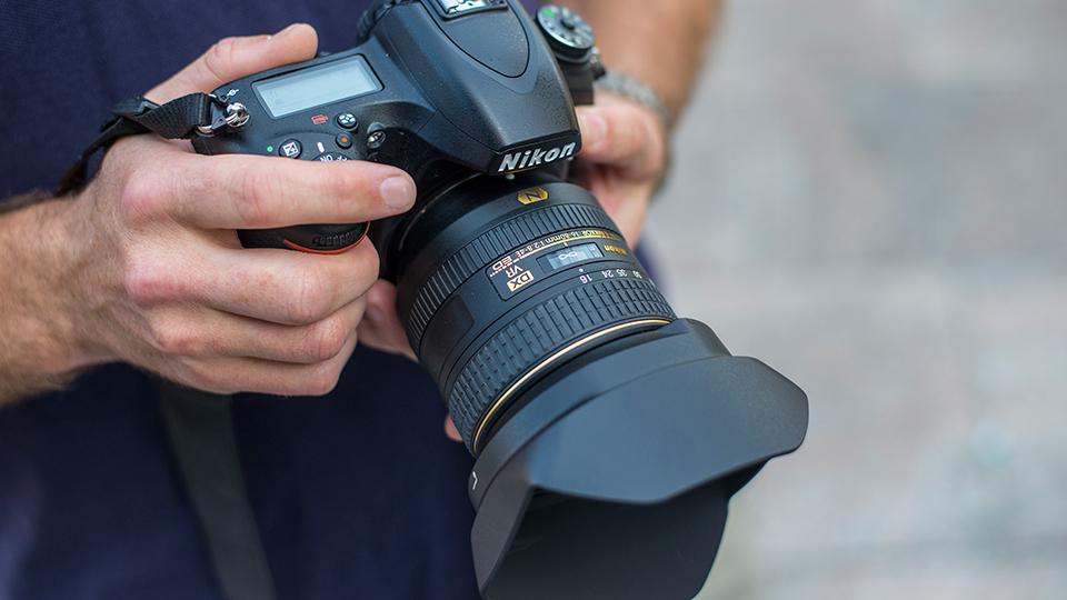 Hands On Review The Nikon Af S Dx Nikkor 16 80mm F 2 8 4e