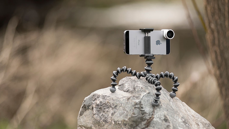 10 Accessories To Help Improve Your Mobile Photography B