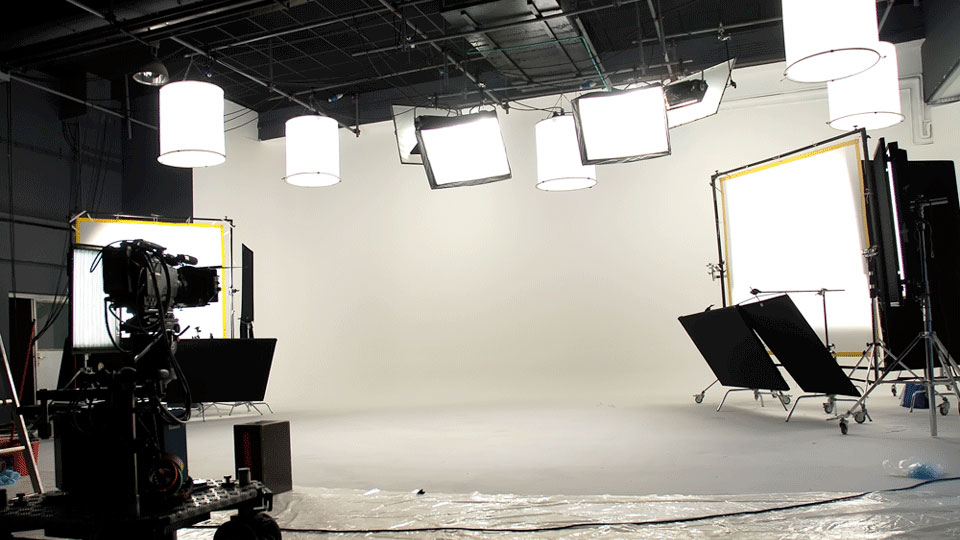 Flicker free lights and why they are important to you b h explora for Interior photography lighting setup