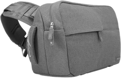 f3c6cfe0e3 The Incase Ari Marcopoulos Bag doesn t look like it s built for  photographers