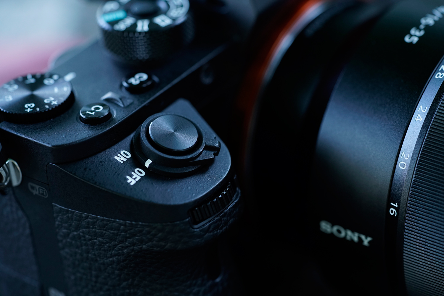 Mirrorless Hits its Mark: the Sony a7RII
