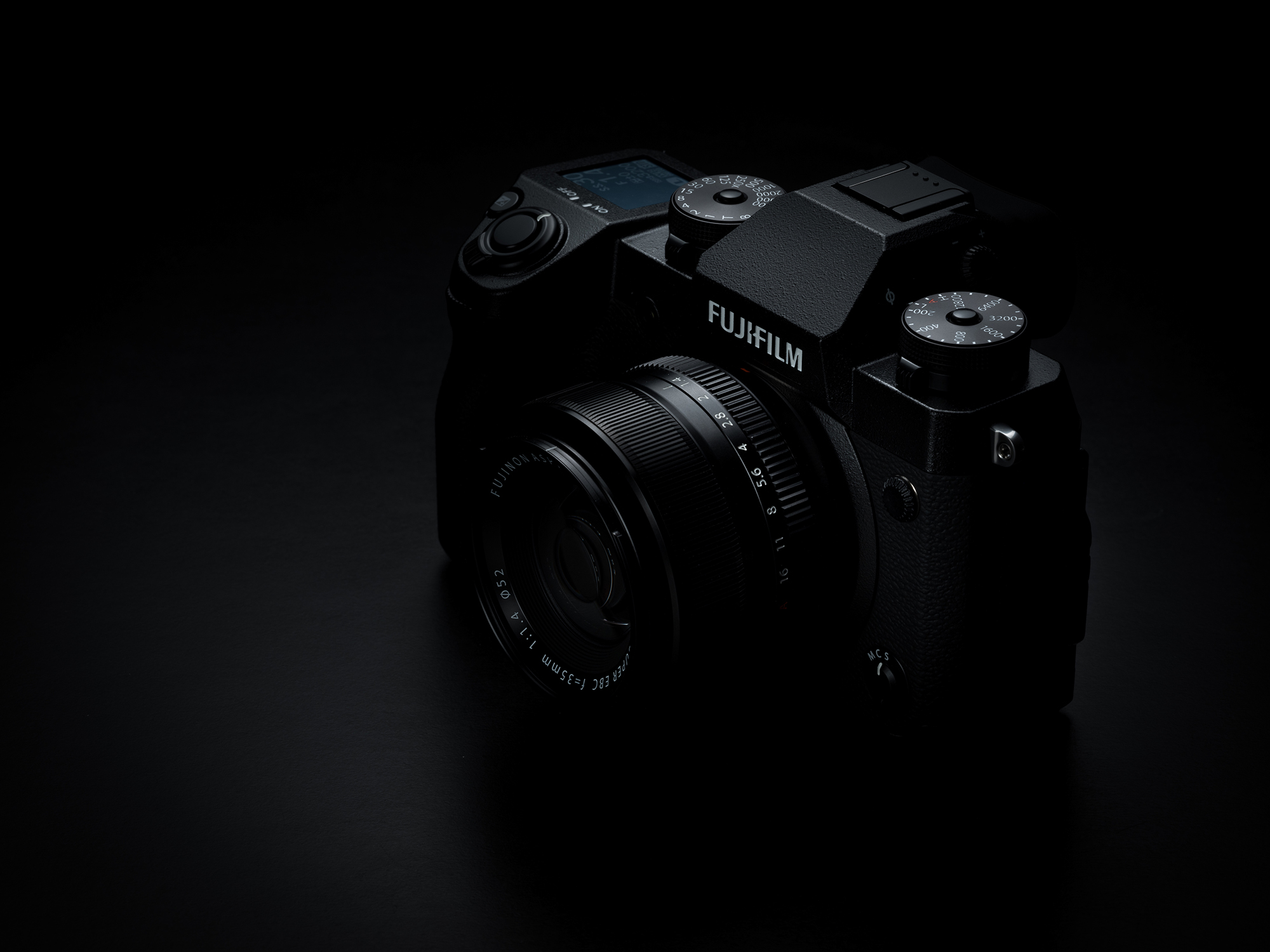 Wppi 2018 fujifilm launches stabilized x h1 camera and for Camera minimal