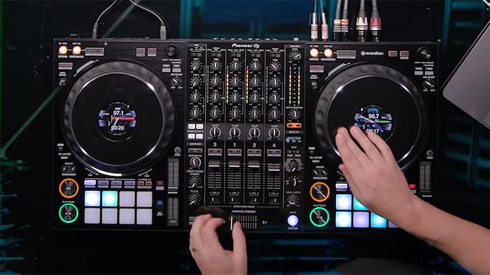 NAMM 2018: Blaze New Paths with Pioneer DJ | B&H Explora