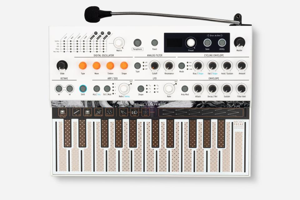 Arturia MicroFreak Vocoder Hybrid Analog/Digital Synthesizer with Advanced Digital Oscillators (Limited Edition White)