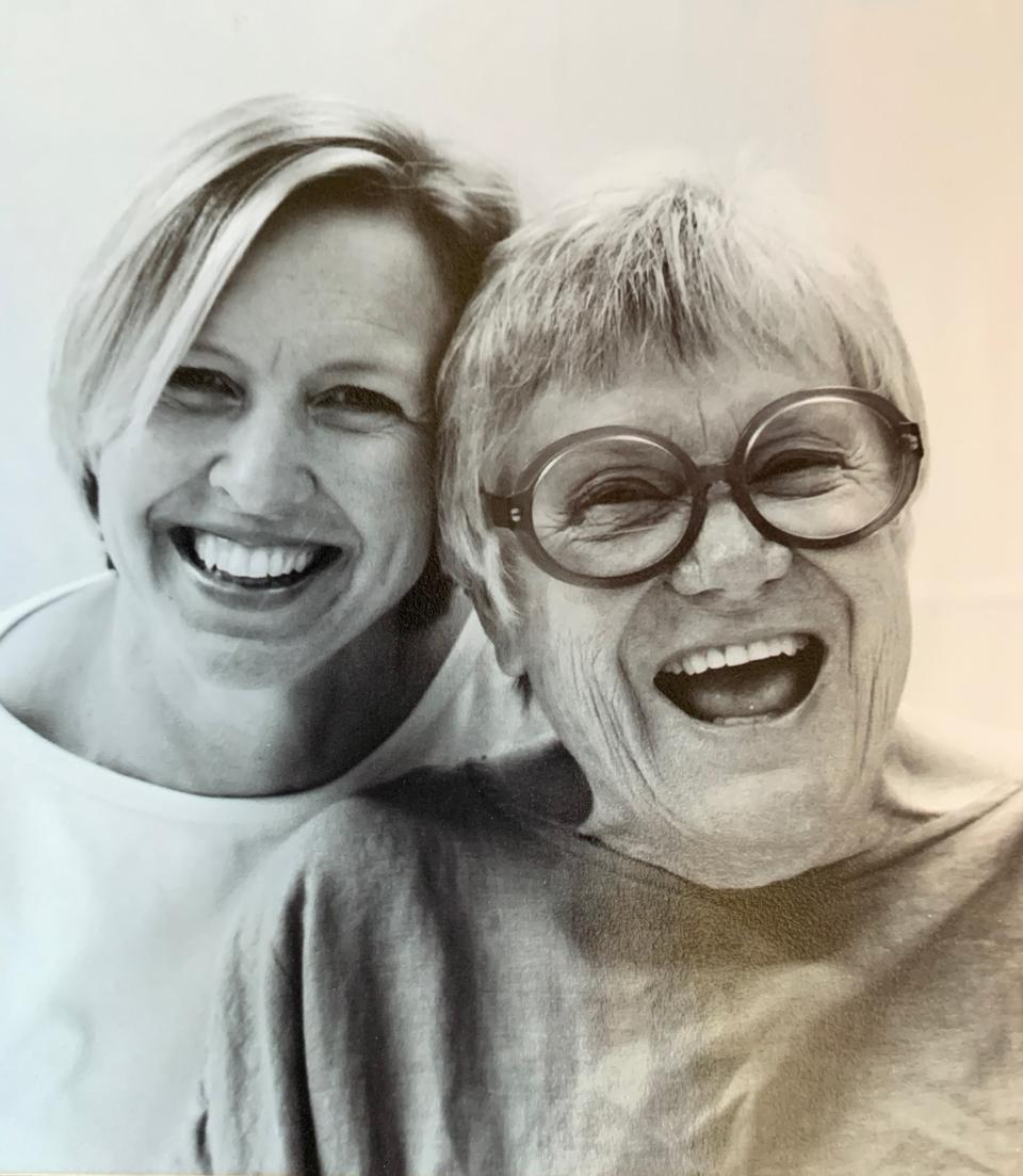 Portrait of Fruth's first mentors, photographers Carol Farrow and Jean Porter