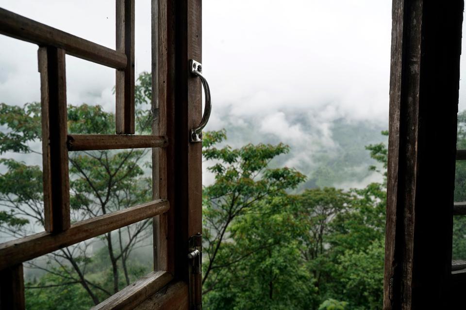 Mountain view, Longsheng, China (Zeiss Batis 25mm f/2)