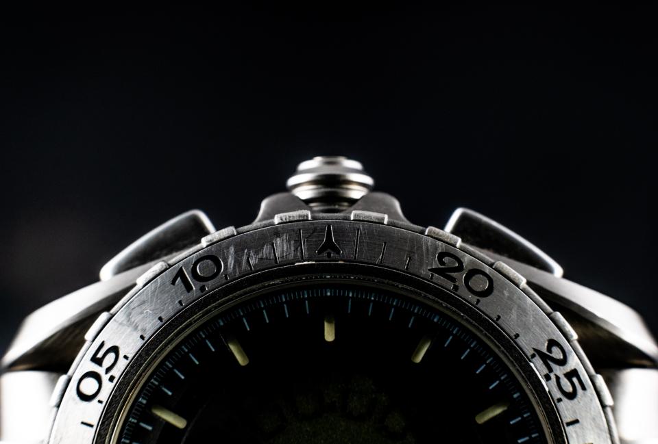 Bezel detail (aka: scratches) of the Omega Speedmaster Professional X-33 Ref 3291.50.00.