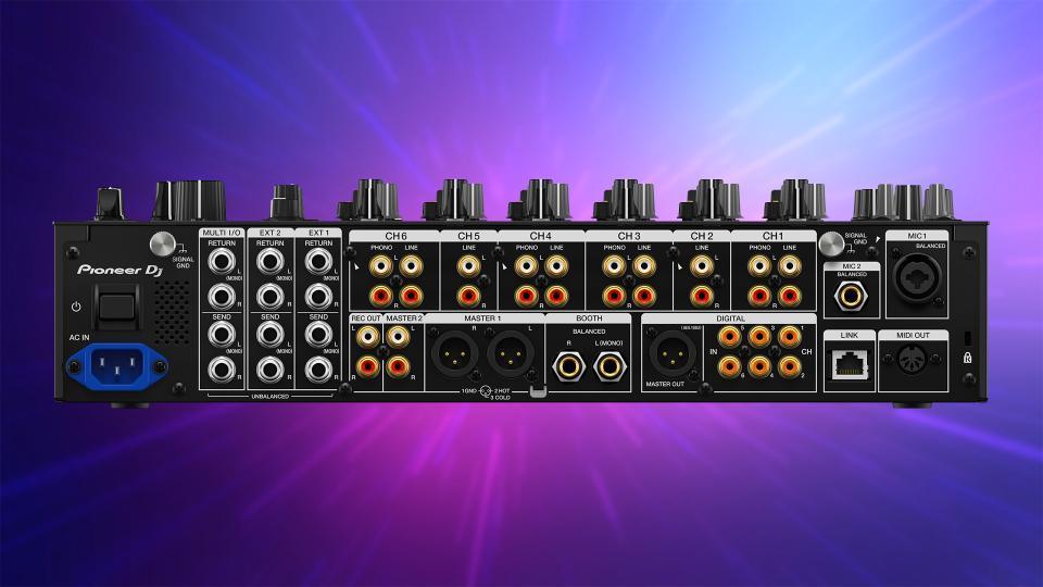 Pioneer DJ DJM-V10-LF (Rear)