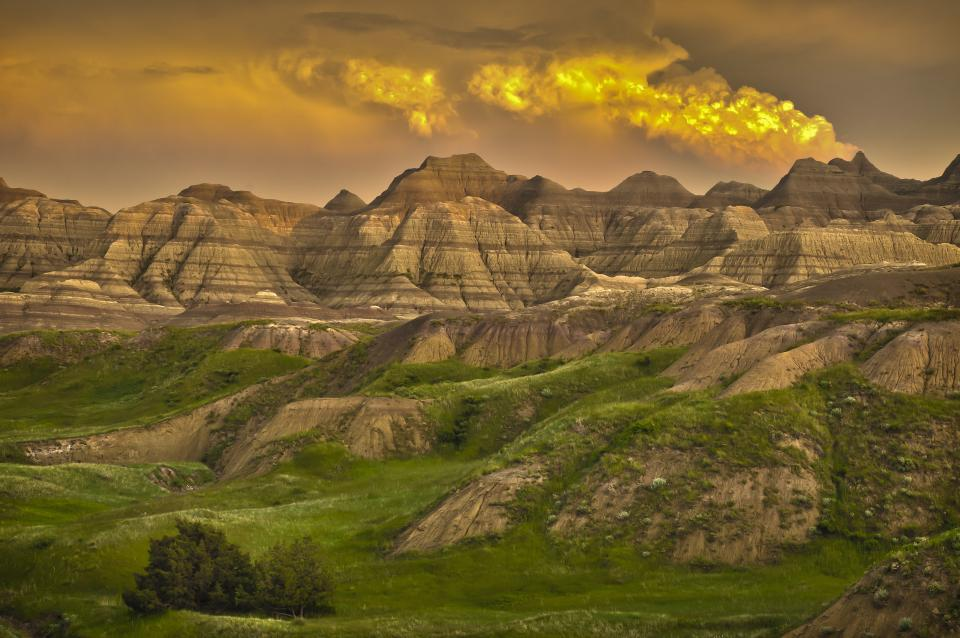 Landscaping Rock Yankton Sd : South dakota from the black hills national forest to badlands b h explora