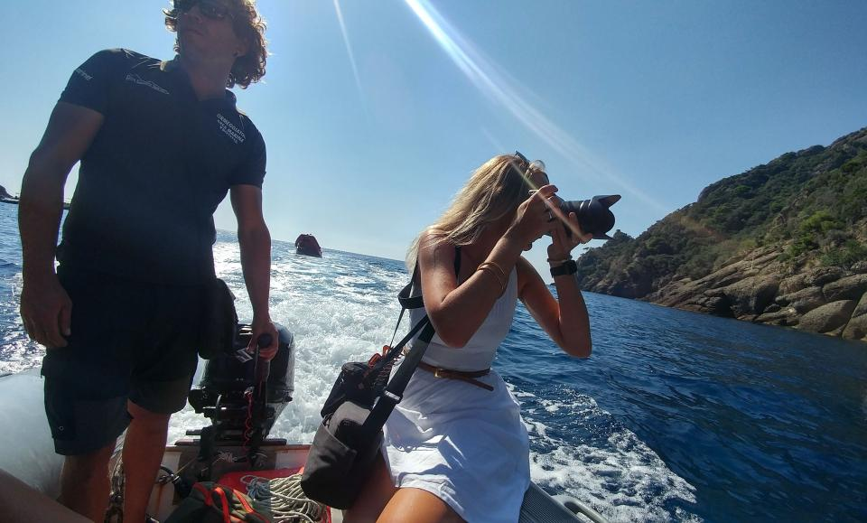 Knick photographing with the Hasselblad X1D along the Portofino coastline