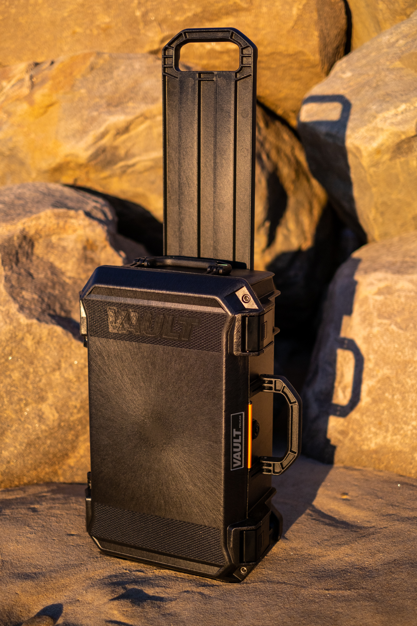 The Pelican V525 carry-on handle deployed