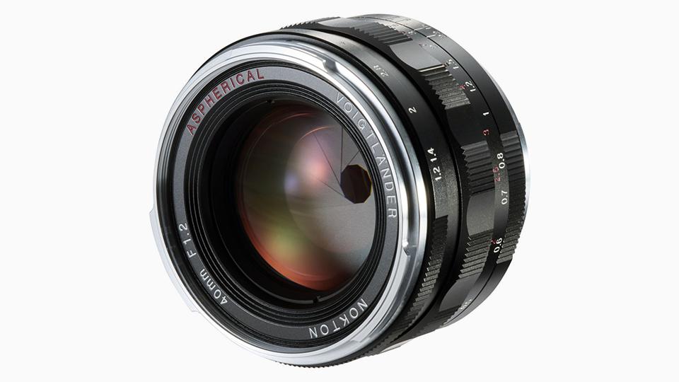 Voigtländer Unveils Nokton 40mm f/1.2 for Leica M Mount