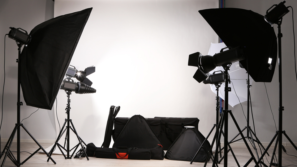 14 Recommended Lighting Kits For Photography B Amp H Explora