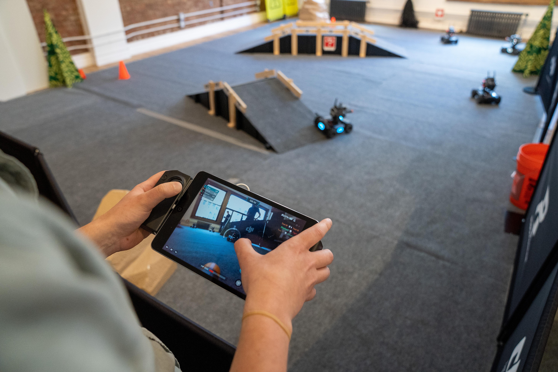Dji Surprises With Ground Based Robomaster S1 Educational Robot B H Explora