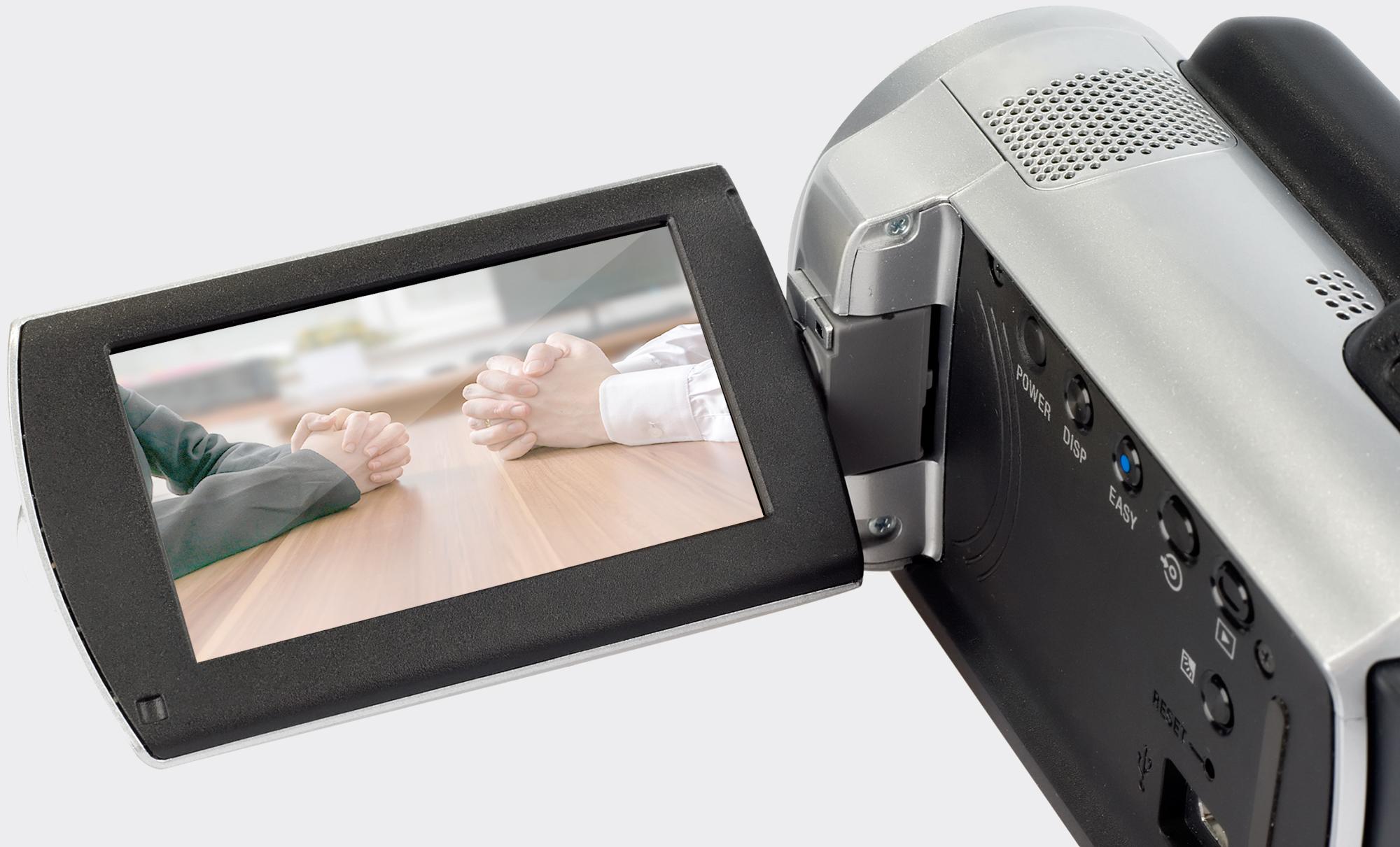 A Guide to Film Set Lingo and Hand Signals | B&H Explora